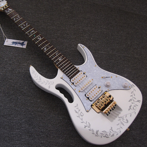 White Ibanez Jem 7V Steve Vai Gold Hardware Electric Guitar