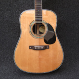 Martin D42 Solid Spruce Top and Rosewood Back and Sides Acoustic Guitar